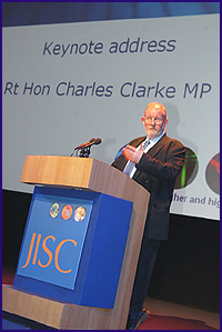 Fig 1 Photo (28K): Charles Clarke delivers his keynote speech at 2003 JISC Conference