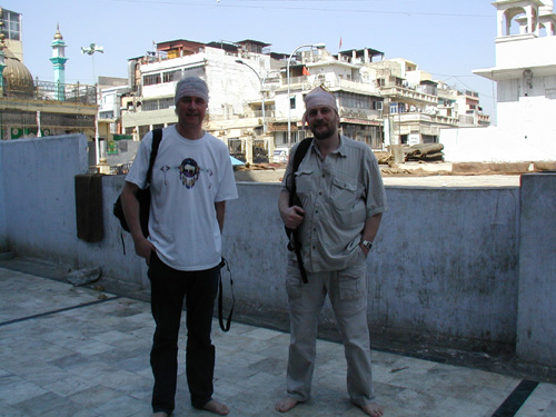 photo (81KB) : Norman and John explore some cultural frontiers