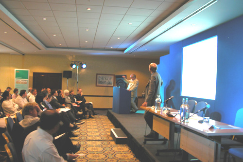 photo (71KB) : Graham Cameron, Associate Director at EBI, opens the Conference with his Keynote Speech