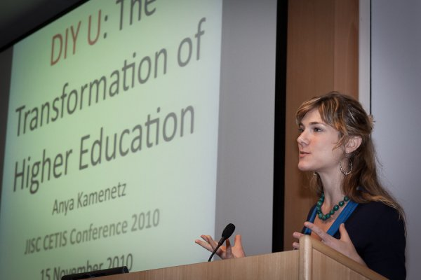 photo (30KB) : Ana Kamenetz, giving the keynote speech at CETIS 2010, photo courtesy of Mark Power
