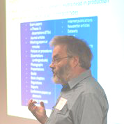 Richard Green presenting Hydra @ Hull (Photo courtesy of Simon Lamb, University of Hull.)