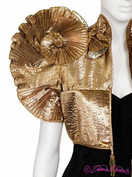 Figure 6: Rhodes, Zandra (1981). The Renaissance/Gold Collection [Jacket] © Zandra Rhodes 2012