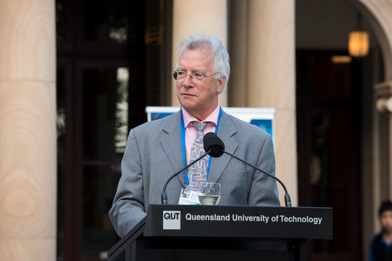 Figure 1: Professor Tom Cochrane, Deputy Vice Chancellor (Technology, Information and Learning Support), Queensland University of Technology, OAR 2013 Welcome Reception